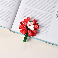 Beebeecraft tutorials on how to make a Lovely Clip with Ribbons, Clips and Buttons