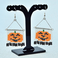 Beebeecraf tTutorial on How to Make Simple DIY Halloween earrings with Seed Beads