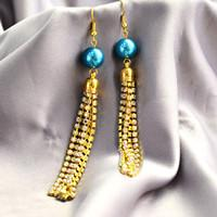 Beebeecraft Tutorial on making tassel rhinestone chain earrings with glass pearl beads