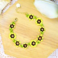 PandaHall Tutorial on Sunflower Shape Beaded Bracelet