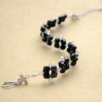 Latest Bracelets for Women – How to Make a Classic Black Glass Bead Bracelet Easily