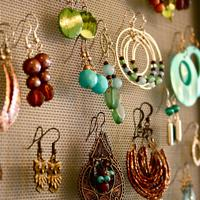 Homemade Jewelry Accessory-DIY Jewelry Hanger