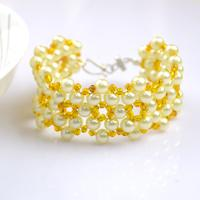 Free Jewelry Designs-How to Bead Bracelets out of One Basic Pattern