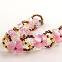 Handmade Beaded Jewelry Ideas-Make Beaded Bracelets out of Heart Glass Beads