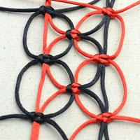 Alternating Square Knots Tutorial on Making a Net-Like Pattern