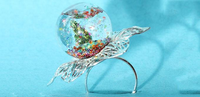 How to Make a Sparkling Snow Globe Ring with Glass Seed Beads for Christmas