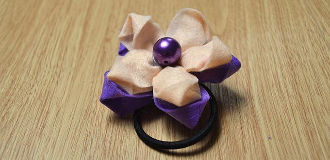 Comment Faire Une Cravate De Cheveux De Fleur De Deux Tons Avec Des Perles
