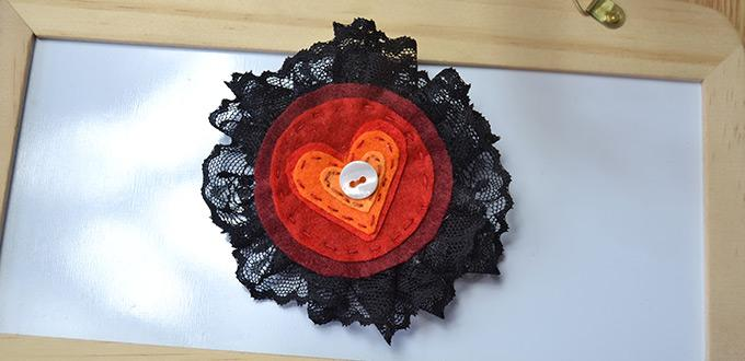 Tutorial on Making an Ebullient Felt Flower Brooch with Black Lace
