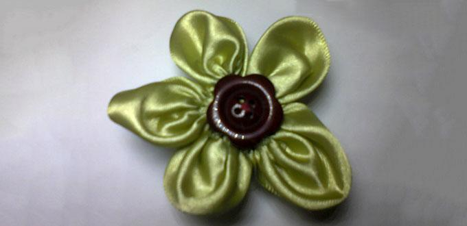 Easy Tutorial on How to Make a Gorgeous Green Ribbon Flower with