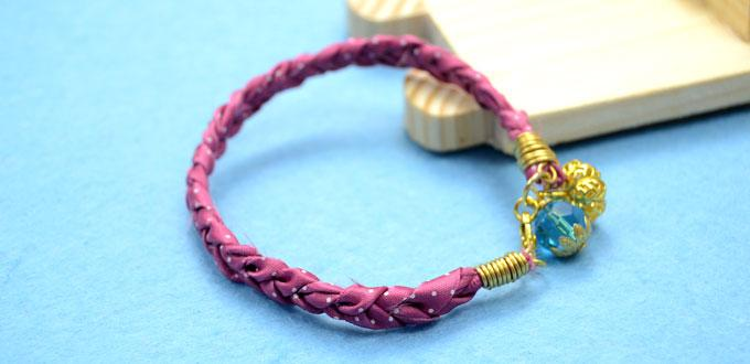 1-minute DIY Project on Making an Adorable Ribbon Bracelet for Friends