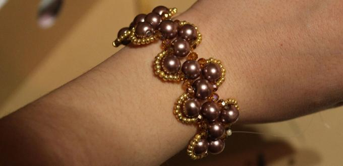 How to Make a Wide Beaded Snake Bracelet out of Glass Pearl Beads and Seed Beads
