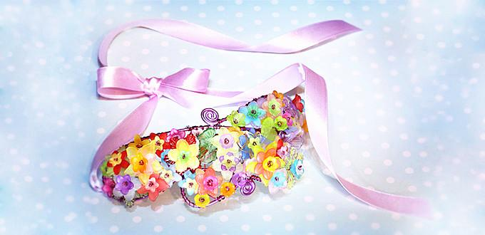 How to Make a Unique Wire Wrapped Flower Headband for Spring with Acrylic Beads