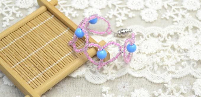 Fresh Jewelry Design on Making Linked Hearts Bracelet with Seed Beads