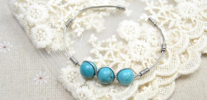 Simple Steps on Making a Copper Wire Bracelet with Turquoise Beads