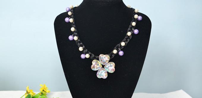 How to Make a Four-leaf Clover Pendant Necklace with Nylon Thread and Beads