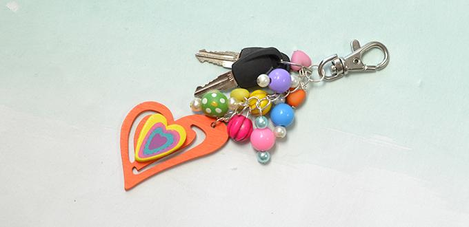 An Easy Craft Tutorial on Making a Colorful Key Chain