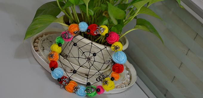 Halloween Decoration Idea-How to Make a Halloween Flower Hanging Skull Ornament