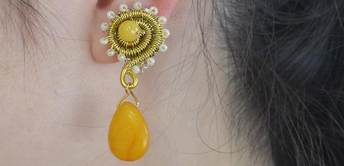 How to Make a Pair of Yellow Gold Dangling Snail Earrings at Home