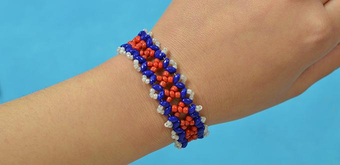 Free Instructions on How to Make a Blue and Red Woven Superduo 2-hole Seed Bead Bracelet