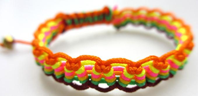 Creative Friendship Bracelet Pattern- How to Make Wave Macramé Friendship Bracelet