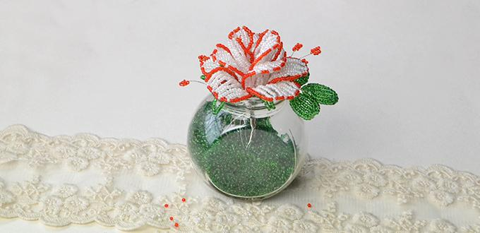 Home Décor Ideas on How to Make Simple Seed Beads Flower Vase