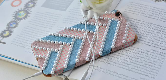 How to DIY a Fashion Washi Tape Phone Case with White Pearls Decorated