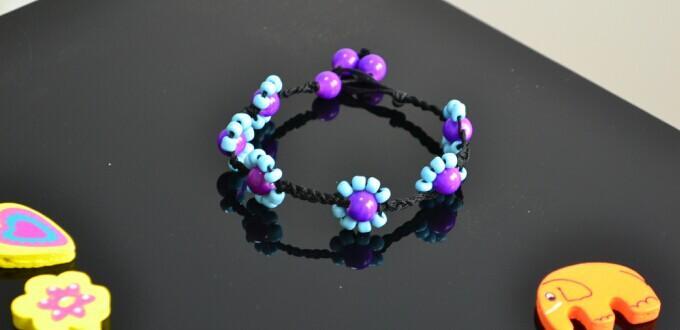 Wie erstellt man eine Fußkette-eine schöne Knöchelkette mit zarten Perlenblumen