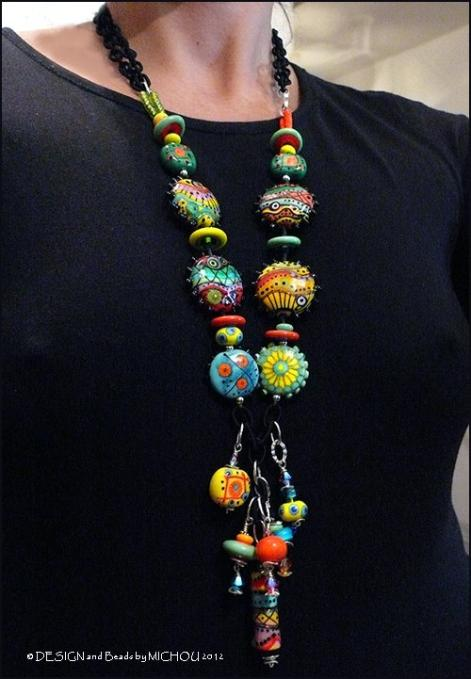 colorful galss beads necklace