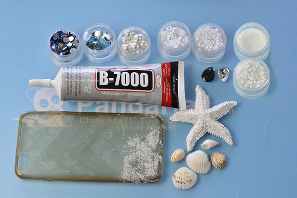 Materials and tools required in making this bling rhinestone and sea shell phone case: