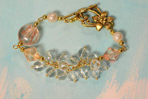 final look of the gemstone beaded bracelet