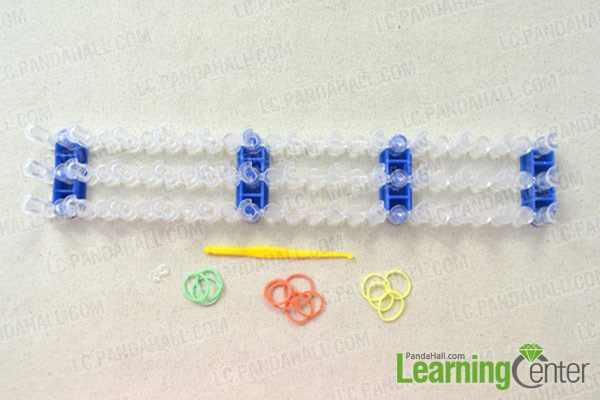 Materials needed in looming sunflower rubber bands rings