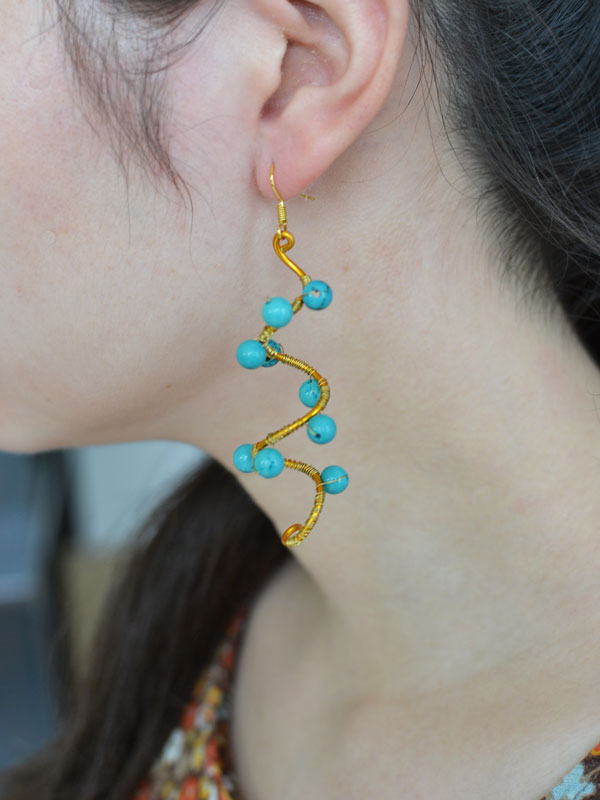 final look of the wire wrapping and turquoise beaded earring