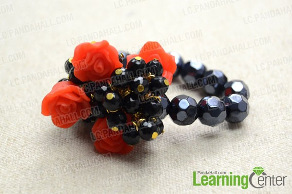 finished Cluster Bracelet with Glass Beads and Elastic Cord