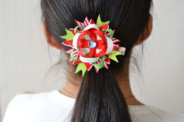 I wear it on my hair immediately after I finish it! It is so charming that I bet I will wear it every day!