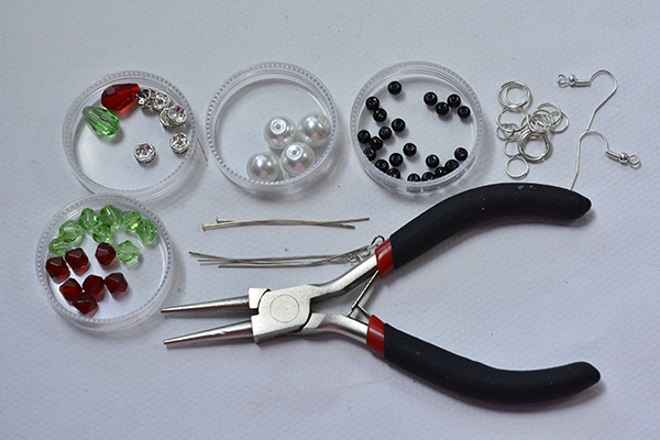 materials and tools needed in DIY the Christmas bead earrings