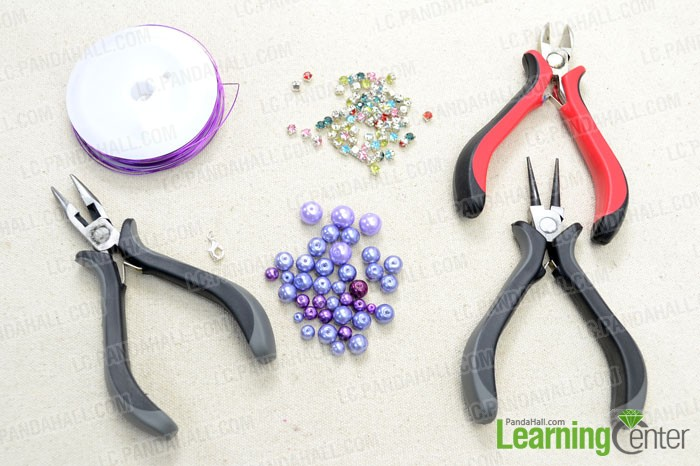 Supplies needed for making the wire beaded bracelet