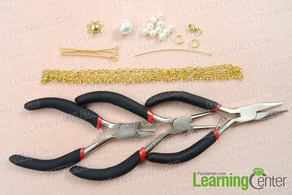 Materials on how to make pearl chain necklace