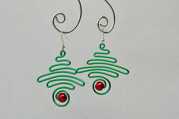 Christmas dangle earrings