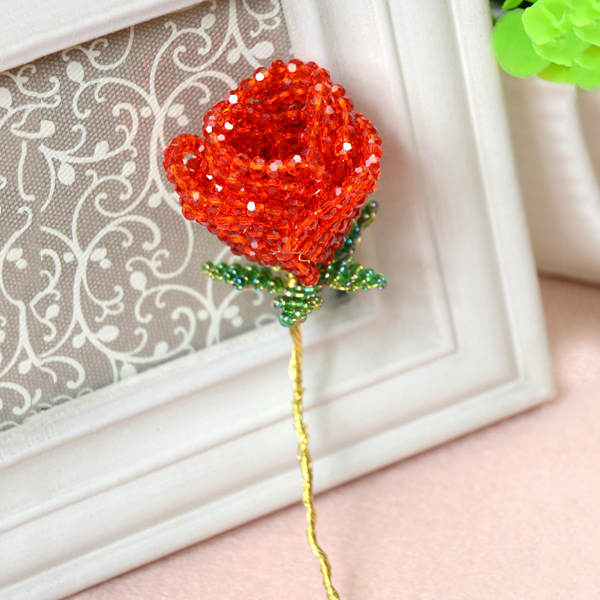 the delicate 3d beaded rose
