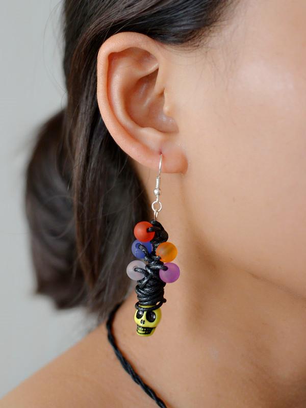final look of the Halloween skull drop earrings