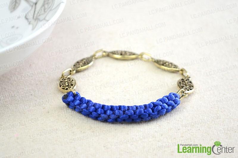 Chinese crowm knot bracelet