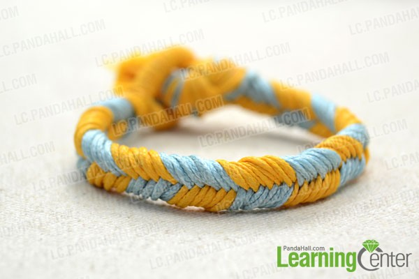 finished braided fishtail friendship bracelet pattern