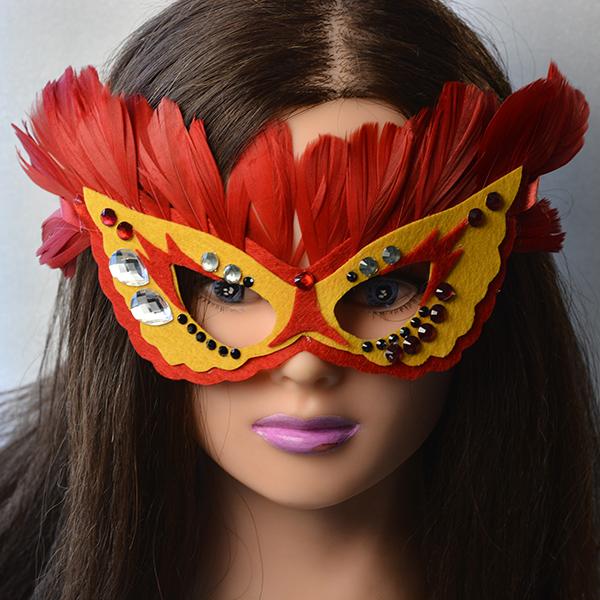 final look of the felt eye mask