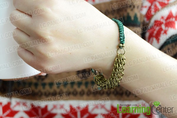 finished easy friendship bracelet pattern