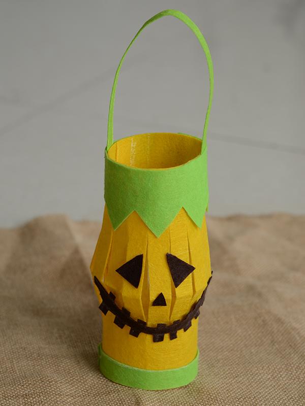 final look of the Halloween lantern craft