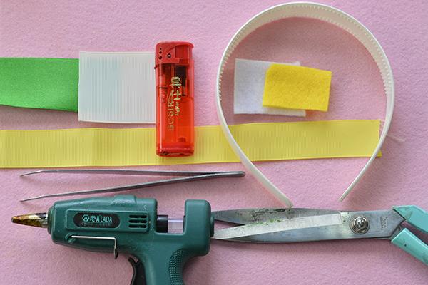 supplies needed in DIY the yellow ribbon flower headband