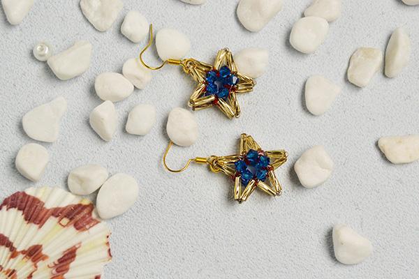final look of these beaded star earrings