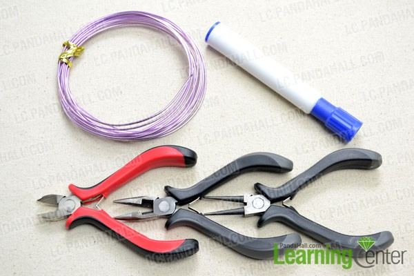 Supplies needed for making the wire sailor knot bracelet