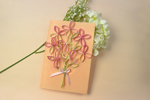 final look of the handmade tree quilling paper greeting card