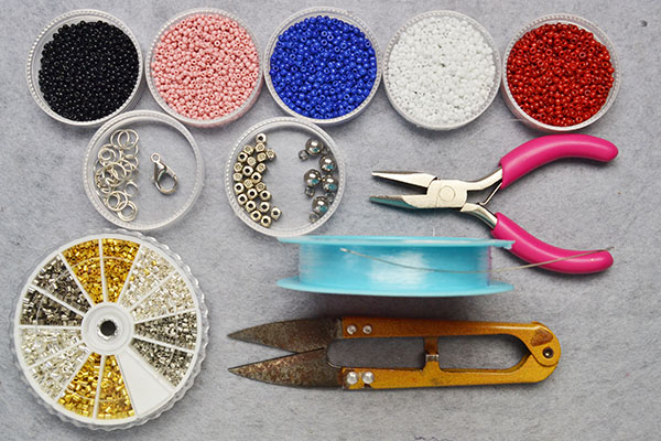 Supplies you'll need in making the simple seed bead bracelet